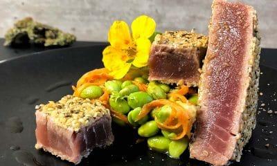 Yellowfin tuna with hemp seed crust